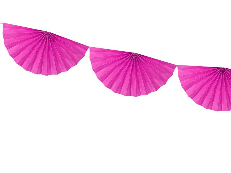 Virtene no dekoratīvām rozetēm tumši rozā krāsā