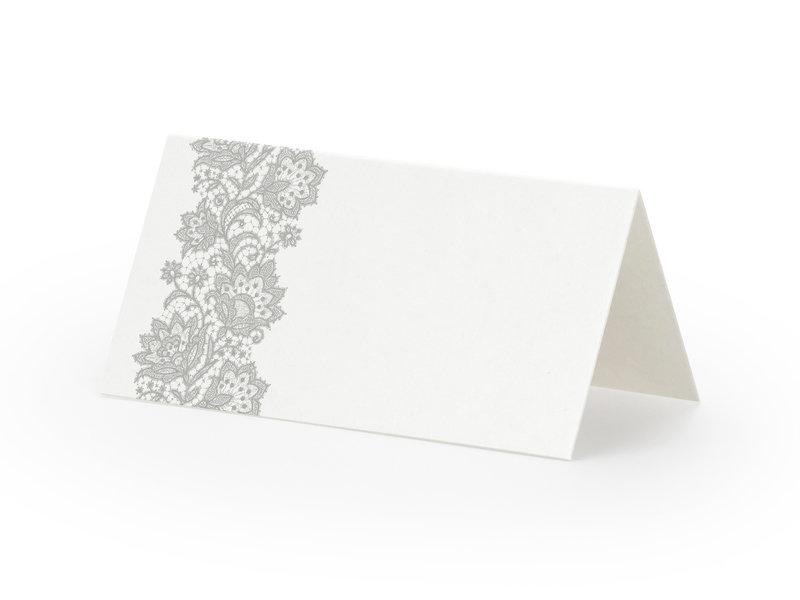 Galda kartiņas, baltā krāsā ar sudraba ornamentu, 25 gb