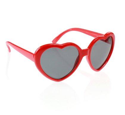 Brilles sirds formā, sarkanā krāsā.